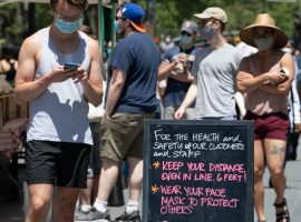 New York City on May 30, 2020, during the Covid-19 pandemic, shoppers at the Brooklyn Heights Farmers Market are greeted with a new reality and new rules. ©Mark D Phillips