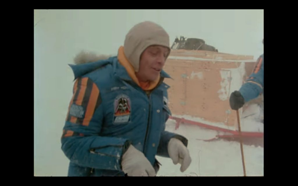 Mark Hamill does The Tauntan dance on set for The Empire Strikes Back. Screenshot: Lucasfilms