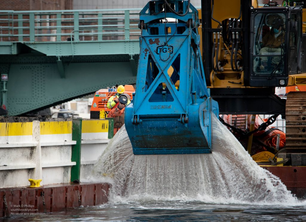 Dredging the Gowanus Canal in the EPA Superfund project. ©Mark D Phillips
