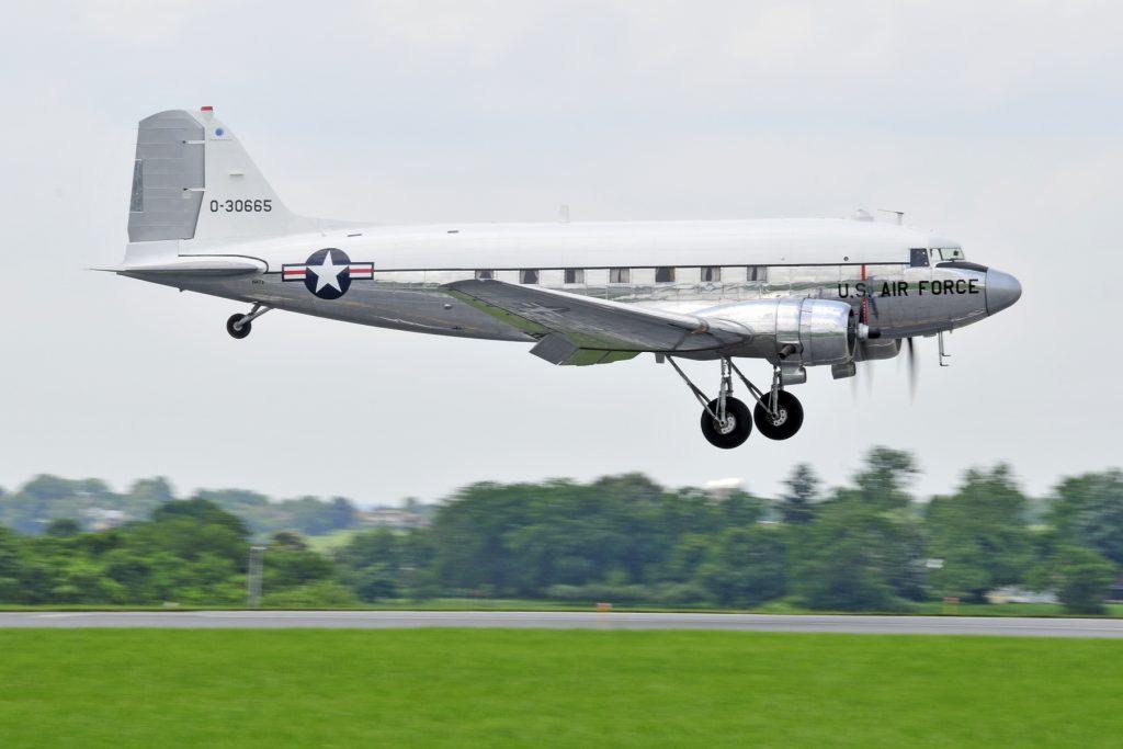 C-47A-60-DL 43-30665 – Miss Virginia – N47E